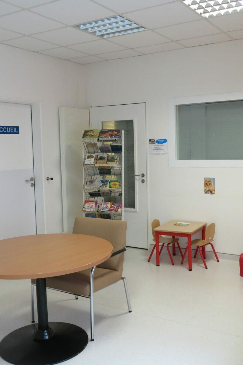 Salle d'attente du Service réanimation Centre Hospitalier Sud Francilien (91)